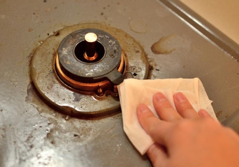 システムキッチンのガスコンロに適した掃除方法