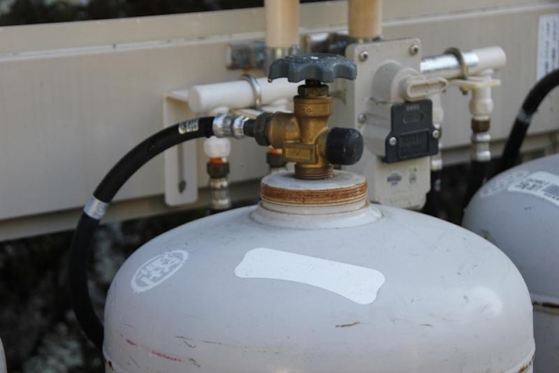 ガスの供給の仕方の違い